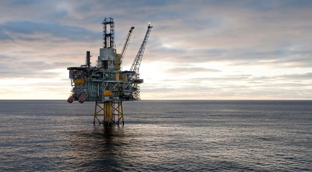 Un Manned Oil Rig